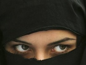 В Иране отложили казнь путем ослепления серной кислотой