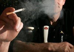 Facebook отменил ограничения рекламы алкоголя, табака и азартных игр