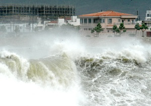 Ураган Айзек достиг побережья Луизианы