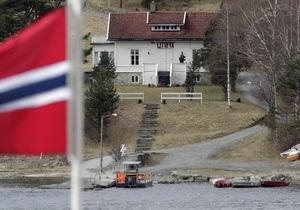 В Норвегии возобновил работу лагерь на острове Утойя, где погибли 69 человек