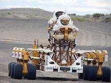 NASA протестировало новых лунных роботов