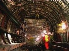Пожарные не могут потушить огонь в туннеле под Ла-Маншем