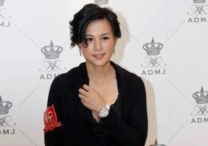 Дочь гонконгского магната получила уже более 200 предложений руки и сердца