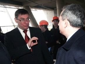 Партия регионов требует наказать Луценко за преследования Колесникова