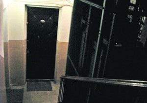 В Киеве сорвался лифт с женщиной и ребенком