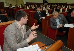 БЮТ: Черновецкий продал земучасток в центре Киева за бесценок