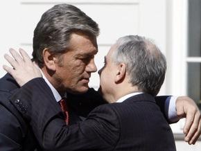 Сегодня в Донецке Ющенко встретится с Качиньским