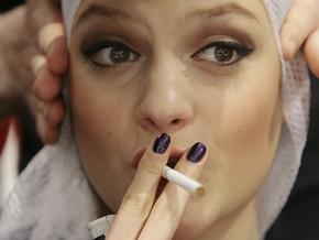 Опрос: Украинским мужчинам не нравятся курящие женщины