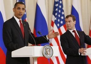 Обама заранее поздравил граждан РФ с Днем России