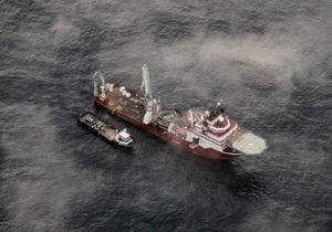 Нефтяники перекрыли одну из трех аварийных скважин на дне Мексиканского залива
