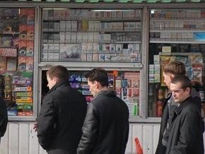 Киевляне продолжают жаловаться на незаконное размещение киосков