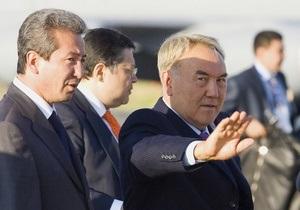 Президент Казахстана поставил  молодую экономику  страны на третье место после Китая и Катара