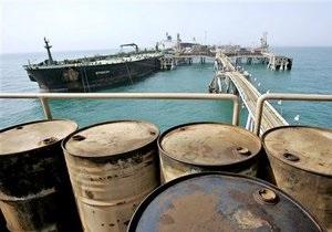 Мировые цены на нефть снижаются из-за пессимизма инвесторов
