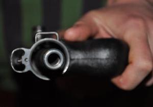 В Симферополе мужчина торговал оружием на радиорынке