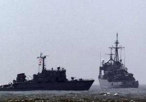 ВМС Южной Кореи отогнали северокорейский катер предупредительными выстрелами