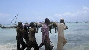 Число жертв крушения парома в Танзании достигло 200 человек