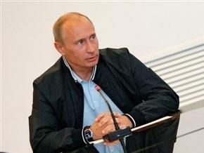 Путину подарили флаг Севастополя