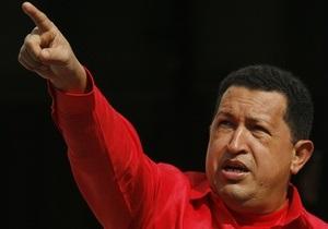 Чавес предложил сбивать самолеты наркоторговцев