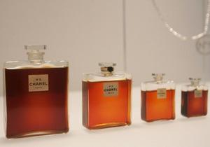 В Париже пройдет выставка, посвященная Chanel №5