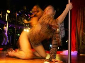 СБУ ликвидировала международную группировку, организовавшую три порностудии