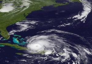 В США началась эвакуация населения из-за приближающегося урагана