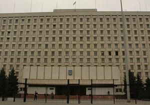 Сегодня в Украине должны избрать более 11 тысяч местных председателей