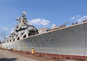 СМИ: Россия хочет даром забрать у Украины недостроенный крейсер