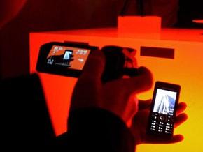 Количество мобильных телефонов в мире к концу года превысит четыре миллиарда