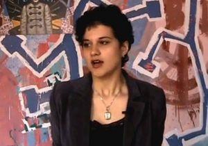 Ударившая по лицу Табачника студентка записала видеообращение