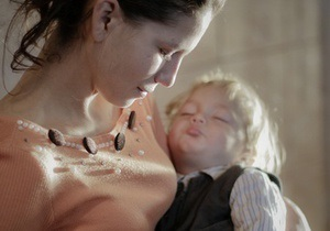 В Киеве откроют первый приют для несовершеннолетних матерей