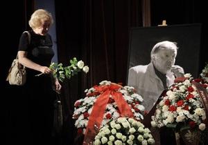 Москва прощается с Андреем Вознесенским