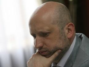 Турчинов опровергает заявление Черновецкого об изъятии из киевского бюджета 7,5 млрд грн