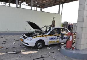 В Крыму на АЗС взорвалось такси