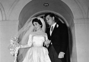 Новости культуры - аукционы: Первое свадебное платье Элизабет Тейлор уйдет с молотка