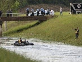 Пятеро детей утонули в Техасе, когда автомобиль съехал в затопленный кювет