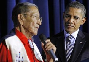 В США умер приемный отец Барака Обамы
