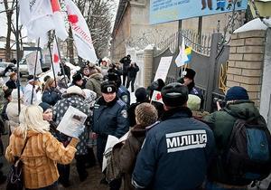 Турчинов не увиделся с Тимошенко - она не смогла дойти до комнаты свиданий