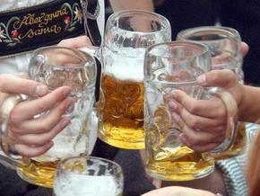 В Беларуси запретили пить пиво в общественных местах