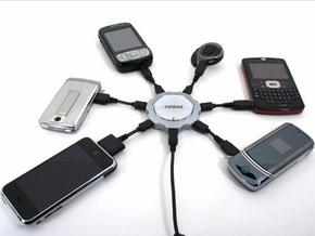 В 2010 году Евросоюз перейдет на универсальные зарядные устройства для всех мобильных
