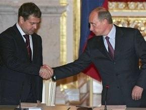 Медведев назвал свой тандем с Путиным  эффективным и работающим