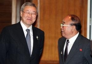 Главы МИД КНДР и Южной Кореи встретились впервые за три года