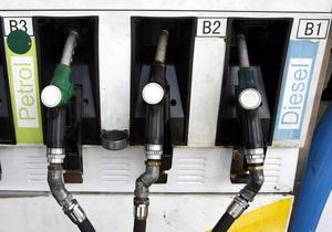Эксперты: На украинских заправках покупают все меньше бензина