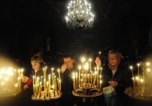 Пасхальные богослужения в ночь на 15 апреля посетили почти 14 млн украинцев