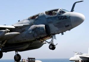 В Японии на дорогу упали крупные детали с американского военного самолета