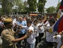 Эстафета Олимпийского огня в Индии: Задержаны 180 человек