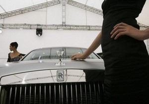 В Китае наблюдается ажиотажный спрос на роскошные авто