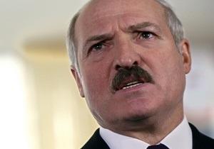 Лукашенко запретил Нацбанку продавать золотой запас и валюту, опасаясь  оказаться голыми