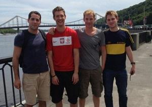 Судно, которое британские туристы забронировали в Киеве к Евро, не прибыло