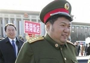 Внук Мао Цзэдуна стал самым молодым генералом армии Китая