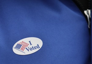 На восточном побережье США закрылись все избирательные участки